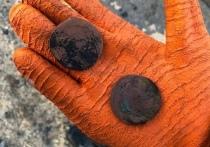 Дайверы из Петрозаводска нашли старинные монеты
