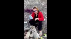 В Анапе пожилые женщины сожгли маску на костре: видео «эксперимента»