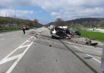 В Крымском районе в массовой аварии с участием фуры погиб мужчина