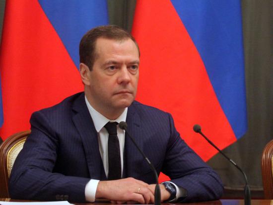 Медведев: все разделы послания Путина лягут в основу предвыборной программы ЕР