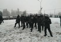 На несанкционированной акции в Петрозаводске задержали нескольких активистов
