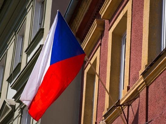 Посол России прибыл в МИД Чехии