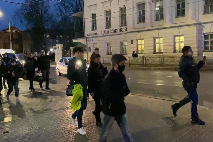 Акция несистемщиков в Костроме превратилась в «похороны» Навального