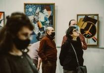 В Кирове открылась крупнейшая в России выставка русского авангарда