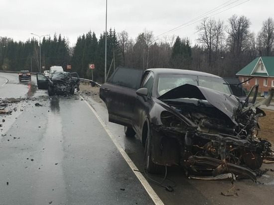 Водитель Porsche Cayenne устроил смертельное ДТП на въезде в Чебоксары