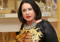 Певица Надежда Бабкина была вынуждена в очередной раз опровергать слухи о якобы разладе в семье