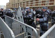 «Не видим здесь поводов для нашей оценки», — сказал Дмитрий Песков в ответ на просьбу журналистов прокомментировать массовые протесты в поддержку Навального, состоявшиеся 21 апреля в России