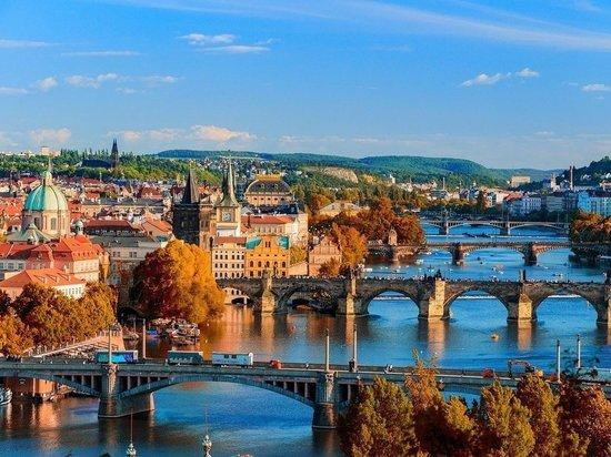 Чехия просит  НАТО помочь посольству в Москве