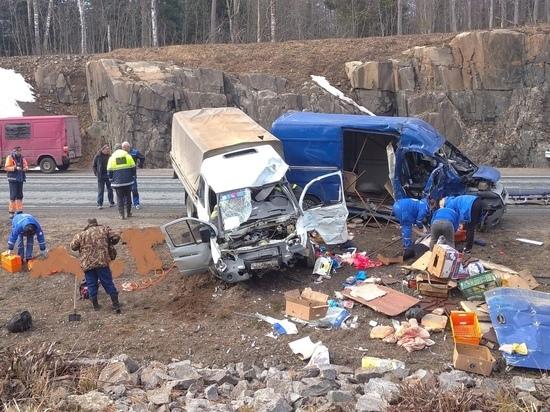 В чудовищном ДТП в Карелии погибли три человека