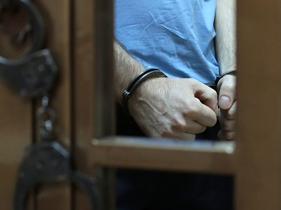Офицер получил 7 лет колонии строгого режима