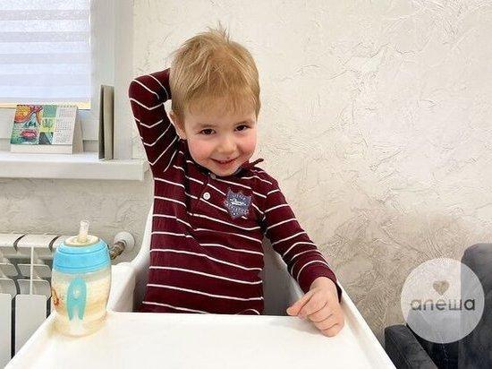Малышу из Новочебоксарска с экстрофией мочевого пузыря срочно нужна операция