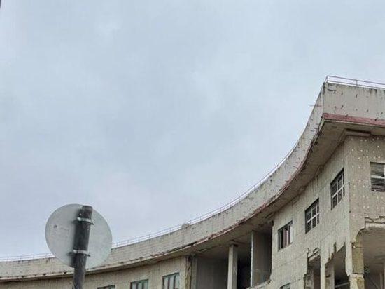 В Нижегородском кремле разбирают недостроенный дом правительства