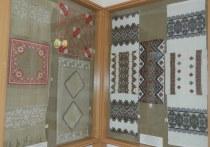 В Симферополе открылась выставка работ вышивальщицы Веры Роик