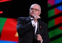 43-й Московский международный кинофестиваль, который Никита Михалков упорно называл 143-м, открылся весьма печально