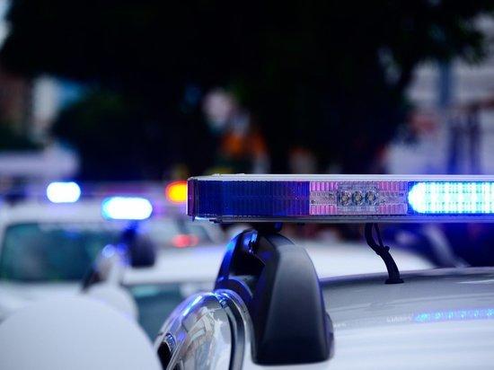 Мужчина порезал ножом женщину-полицейского во Франции