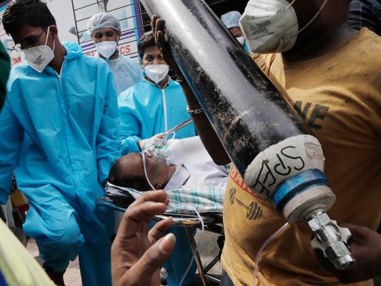 Родные пациентов штурмовали склад с кислородом