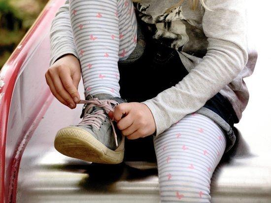 Родители обвинили сотрудников частного московского детсада в жестоком обращении