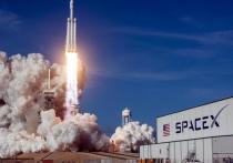 Космическая компания Илона Маска SpaceX впервые запустила на орбиту повторно используемый космический корабль с астронавтами