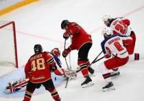Омский «Авангард» после первого периода уступает ЦСКА 0:2