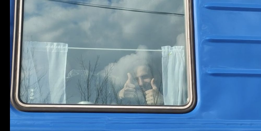 Фото ярких моментов прибытия круизного поезда Москва-Элиста