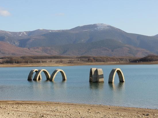 Какие источники помогают решить проблемы водоснабжения Севастополя