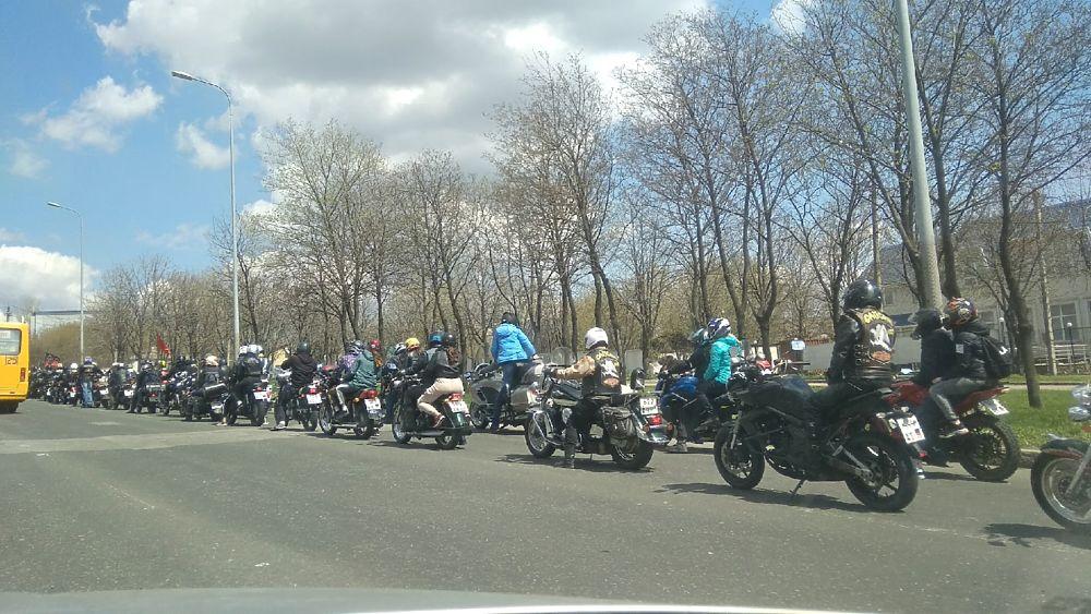 Донецкие байкеры проехали по центральным дорогам города