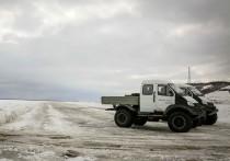 В Якутии зачернили лед на реке Лене