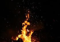 В Кузбассе загорелась частная пилорама предпринимателя