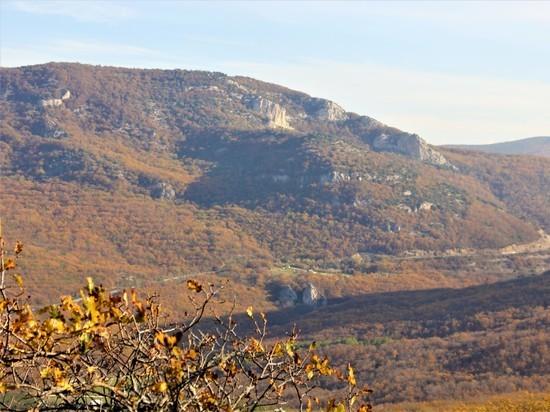 Камара-Исар: загадка невидимой крепости на скале
