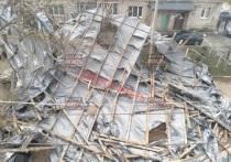 В Калуге с пятиэтажного дома снесло крышу