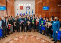 Накануне Дня государственности Глава Якутии вручил государственные награды