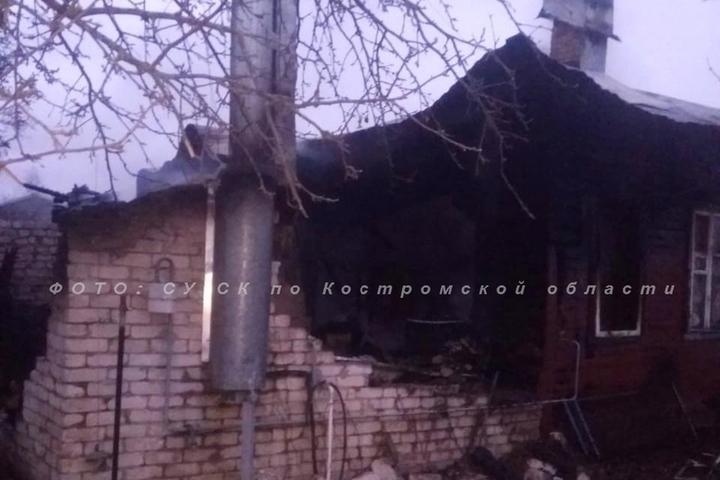 В Костромской области в ночном пожаре погибло два человека