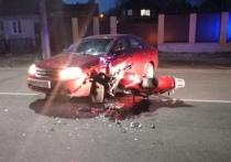 В Брянске столкнулись мотоцикл и иномарка