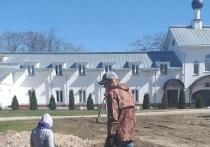 Дорогу XIX века нашли археологи у Снетогорского монастыря