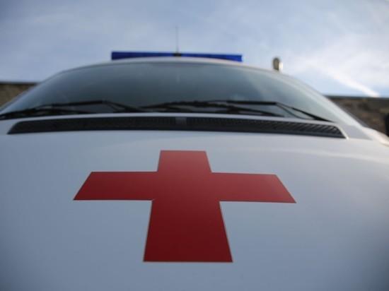 В Волгограде в ДТП с уборочной машиной пострадали два человека