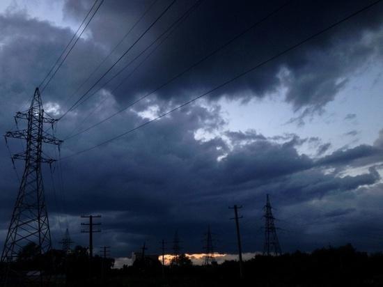Энергетики перешли в режим повышенной готовности из-за непогоды