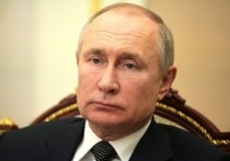 Америка — «недружественное государство», и поэтому посольство США в Москве согнут в бараний рог