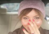 Обезображенная Алиса Аршавина обвинила мать футболиста в порче