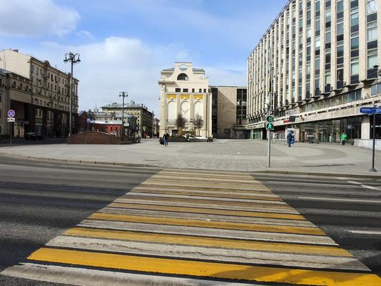 Речь идет о тех случаях, когда возможно одновременное движение пешеходов и автомобилистов