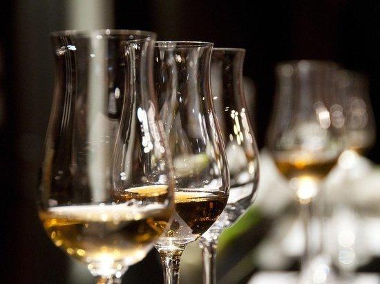 Продажа алкоголя на майские праздники 2021: введут ли сухой закон