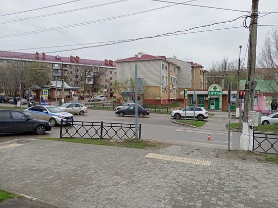 В калмыцкой столице пострадали два несовершеннолетних пешехода