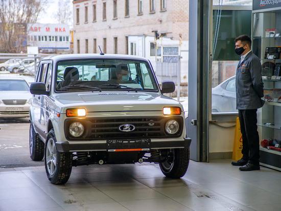 Челябинцы рванули за автокредитами, но стали покупать меньше новых автомобилей