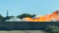Мощный взрыв автомобиля на трассе попал на видео