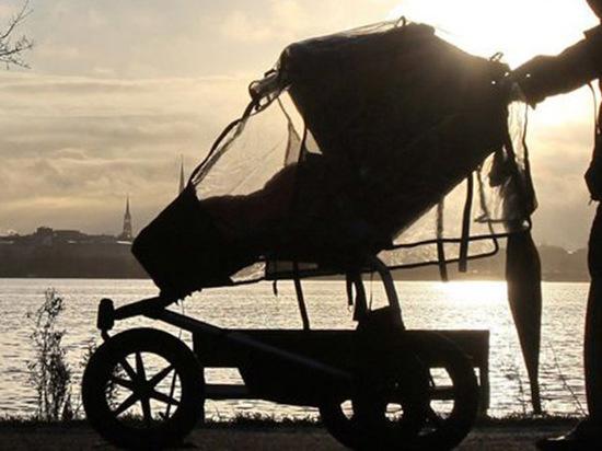 В Чебоксарах бомжа приговорили к трудотерапии за кражу детской коляски