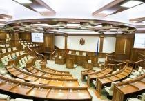 В Молдове три партии проходят в парламент на досрочных выборах