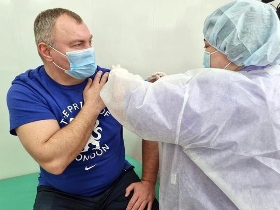 Глава Красноселькупского района привился от коронавируса