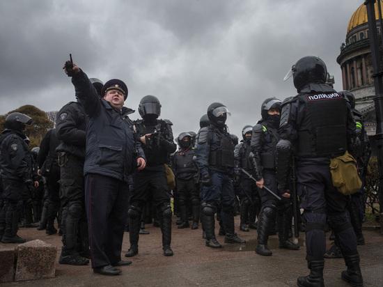 «Столица задержаний»: как в Петербурге проходил несогласованный митинг