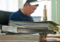 В Астрахани подрядчик оспаривает расторжение контракта с администрацией
