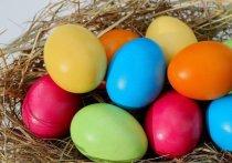 Топ-5 способов оригинально покрасить яйца на Пасху