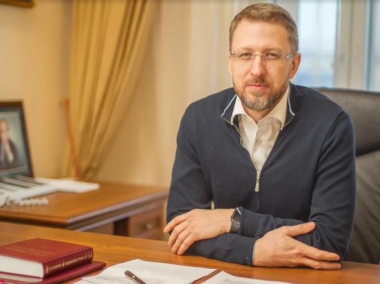 Главный юрист Ямала онлайн ответил на связанные с отпусками вопросы